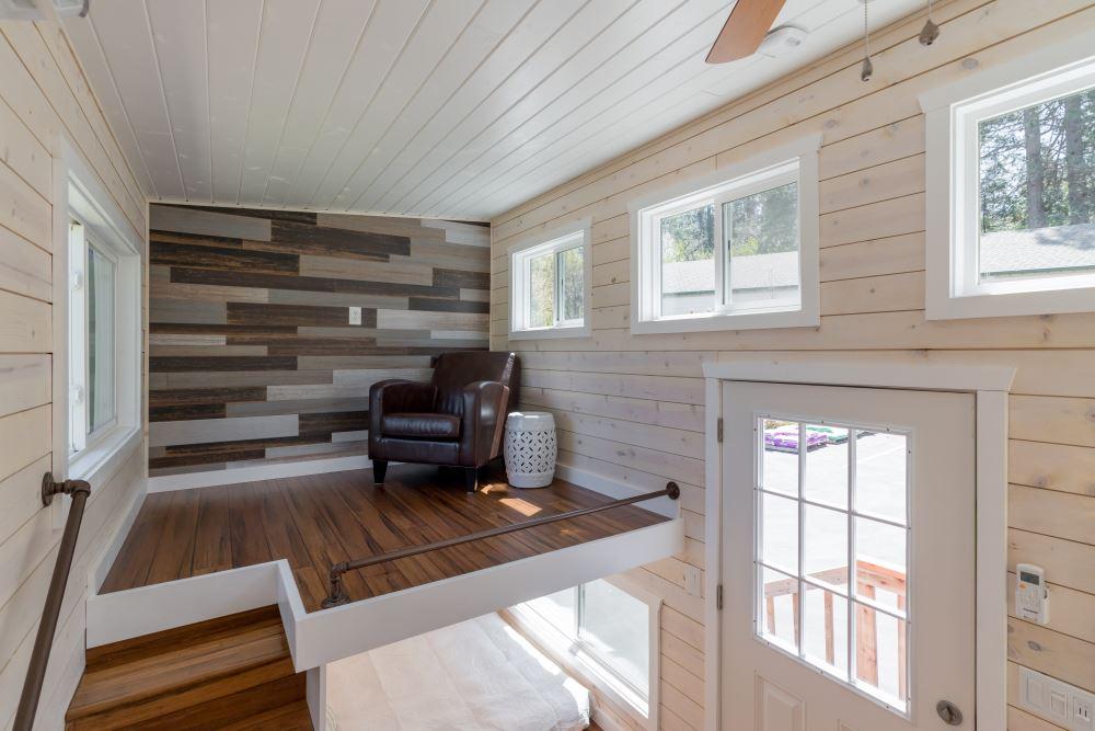 Roomy Retreat 24 Ft | California Tiny House Builder | Sierra